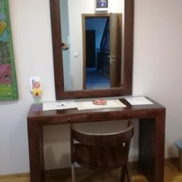 toaletni sto